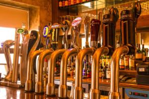 Duffy's-Malahide---Beer-taps
